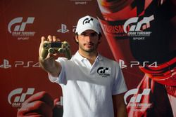 Carlos Sainz, embajador del GT Sport