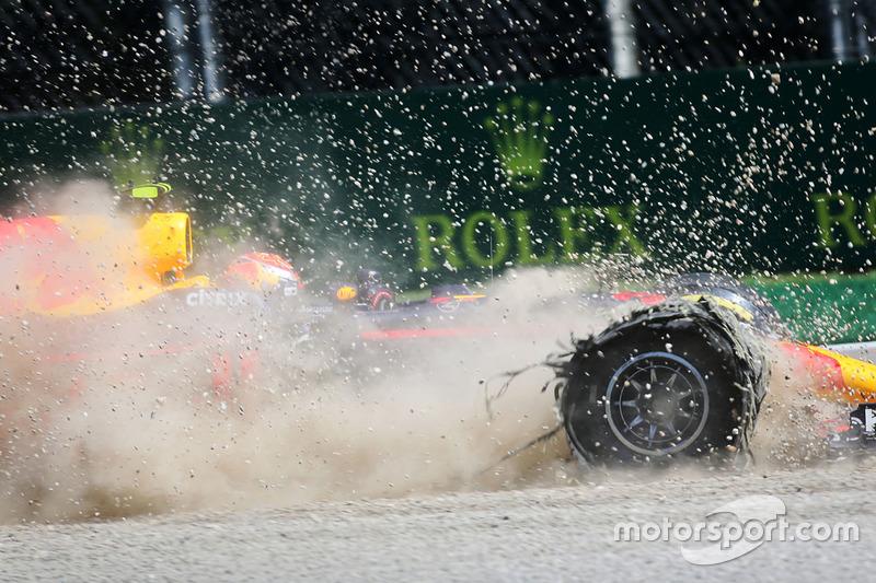 Макс Ферстаппен после аварии на Гран При Италии