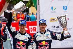 Podium : les troisièmes Sébastien Ogier, Julien Ingrassia, M-Sport