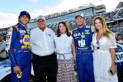 Chase Elliott, Hendrick Motorsports Chevrolet, Rick Hendrick, Linda Hendrick, Dale Earnhardt Jr., He