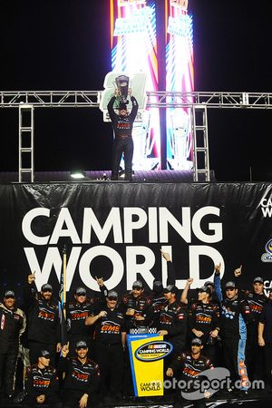2016 Champion Johnny Sauter, GMS Racing Chevrolet