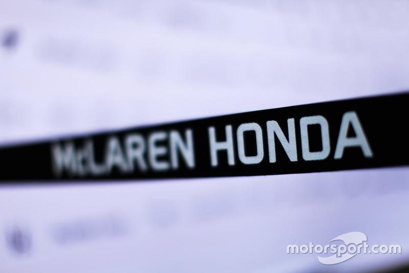 Mas não foi só nostalgia: tratava-se de um passo lógico para a McLaren. A equipe não queria ser apenas uma cliente da Mercedes, então a Honda representou a chance de ser uma equipe de fábrica novamente.