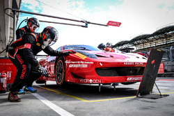 #888 Kessel Racing Ferrari 488 GT3: Stephen Earle, David Perel