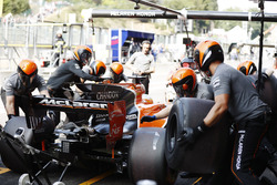 Fernando Alonso, McLaren MCL32, makes a practice pit stop