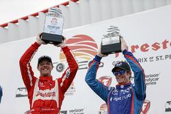 Podium: race winner Sébastien Bourdais, Dale Coyne Racing Honda , Scott Dixon, Chip Ganassi Racing H