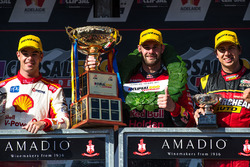 Podium: race winner Shane van Gisbergen, Triple Eight Race Engineering Holden, second place Scott Mc