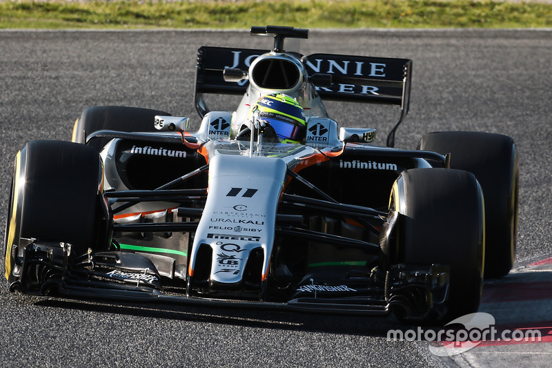 16: Sergio Perez, Force India F1 VJM10, 1:22.534, supersofts, day 4 (121 laps)