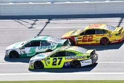 Paul Menard, Richard Childress Racing Chevrolet, Kasey Kahne, Hendrick Motorsports Chevrolet, Joey L