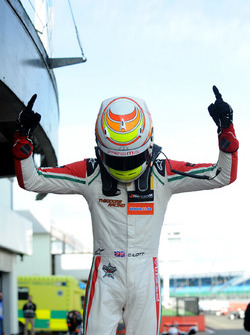 Ganador, Callum Ilott, Prema Powerteam, Dallara F317 - Mercedes-Benz
