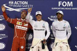 Polesitter: Valtteri Bottas, Mercedes AMG, tweede Lewis Hamilton, Mercedes AMG, derde Sebastian Vett