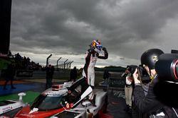 Sébastien Buemi, Toyota Gazoo Racing, im Parc Ferme