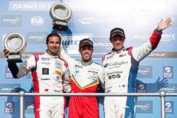 Podyum: WTCC trophy: Mehdi Bennani, Sébastien Loeb Racing, Citroën C-Elysée WTCC, Esteban Guerrieri,