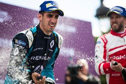 Sébastien Buemi, Renault e.Dams y Nick Heidfeld, Mahindra Racing, celebran