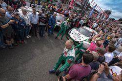 Grille de départ avec la #55 Kaspersky Motorsport Spirit Of Race Ferrari 488 GT3: Giancarlo Fisichella, Marco Cioci, James Calado