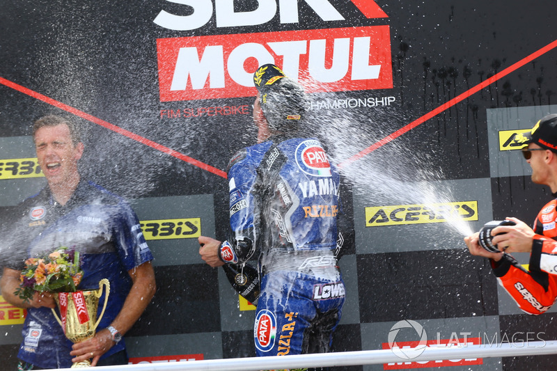 Podio: Alex Lowes, Pata Yamaha