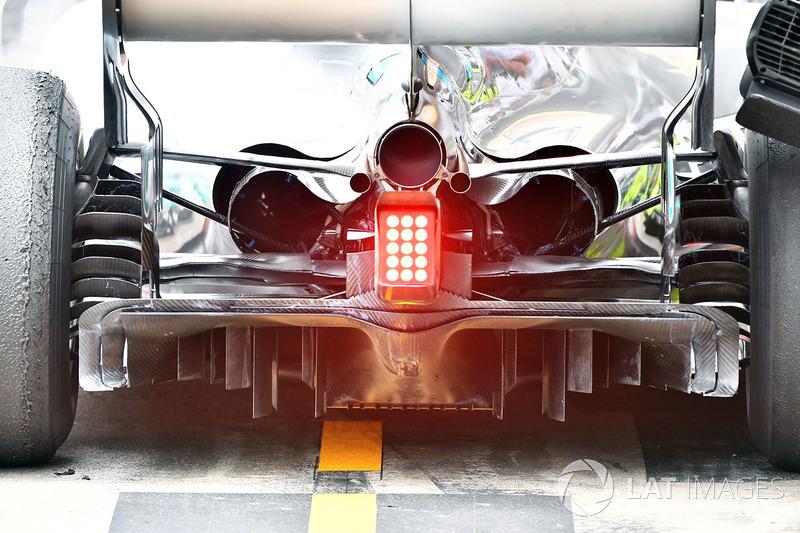 L'arrière et le diffuseur de la Mercedes-AMG F1 W09