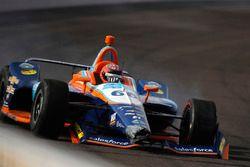 Crash: J.R. Hildebrand, Dreyer & Reinbold Racing Chevrolet