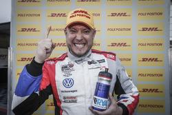 Pole position for Rob Huff, Sébastien Loeb Racing Volkswagen Golf GTI TCR