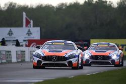 #72 Robinson Racing Mercedes-AMG GT4: Shane Lewis, #74 Robinson Racing Mercedes-AMG GT4: Gar Robinson