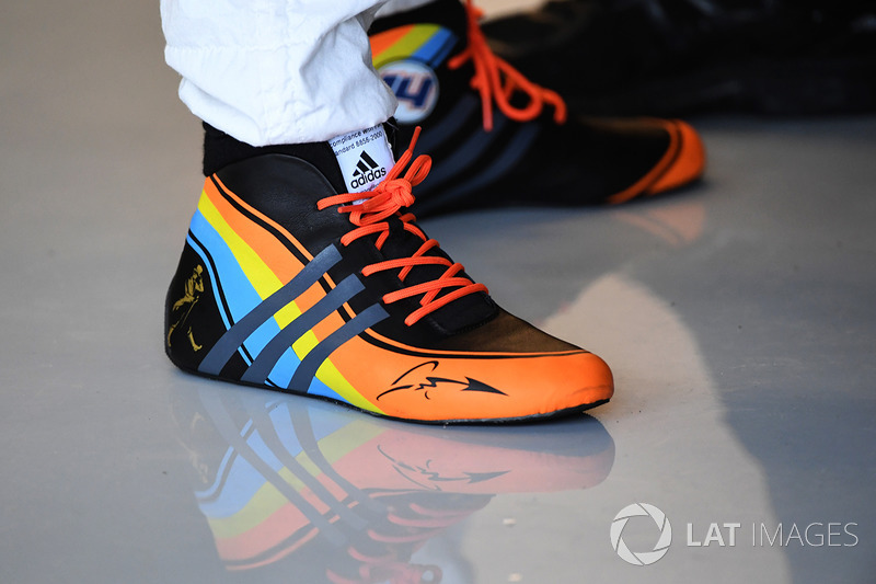 Le scarpe di Fernando Alonso, McLaren