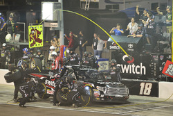 Noah Gragson, Kyle Busch Motorsports Toyota pit stop, Sunoco