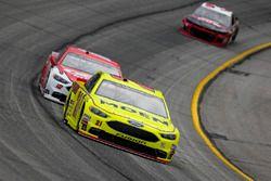 Paul Menard, Wood Brothers Racing, Menards / Moen Ford Fusion and Ryan Blaney, Team Penske, DEX Imag