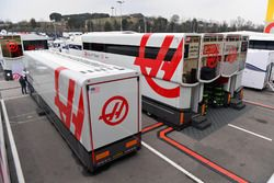 Camions Haas F1 Team