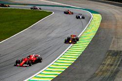 Kimi Raikkonen, Ferrari SF70H, Max Verstappen, Red Bull Racing RB13, Felipe Massa, Williams FW40, Fe