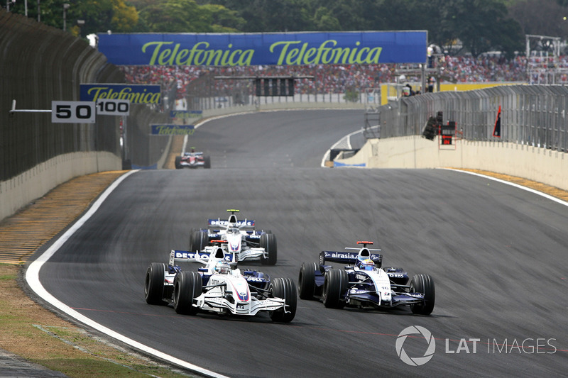 Nick Heidfeld, BMW Sauber F1.07 junto a Nico Rosberg, Williams FW29
