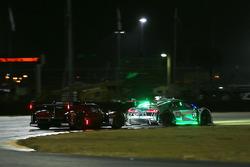 #77 Mazda Team Joest Mazda DPi: Oliver Jarvis, Tristan Nunez, René Rast, #29 Montaplast by Land-Moto