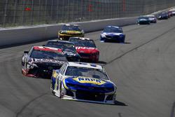 Chase Elliott, Hendrick Motorsports, Chevrolet Camaro NAPA Auto Parts, Erik Jones, Joe Gibbs Racing, Toyota Camry DeWalt