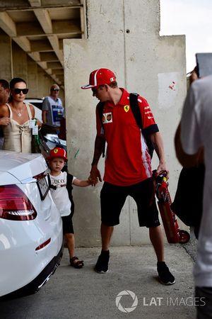 Kimi Raikkonen, Ferrari with his son Robin Raikkonen, son