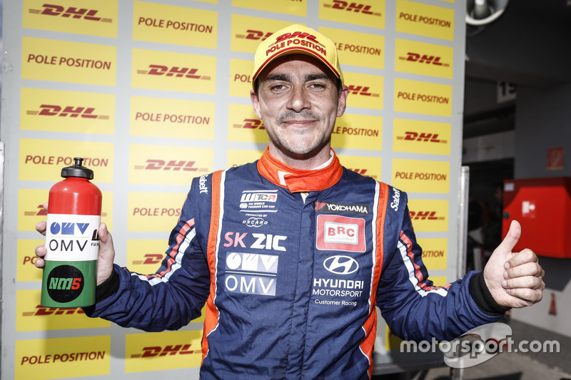Pole position per Norbert Michelisz, BRC Racing Team Hyundai i30 N TCR