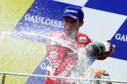 Podium : Max Biaggi, vainqueur de la course