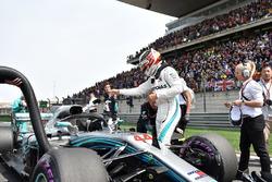Lewis Hamilton, Mercedes-AMG F1 W09 EQ Power+ in griglia