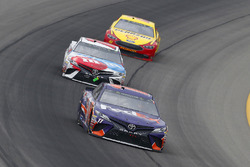 Denny Hamlin, Joe Gibbs Racing, Toyota Camry FedEx Freight and Kyle Busch, Joe Gibbs Racing, Toyota Camry M&M's Red White & Blue