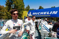 Alex Lynn, DS Virgin Racing, Edoardo Mortara, Venturi Formula E Team en el desfile de pilotos