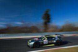 #134 Aston Martin Vantage GT8: Heinz Jürgen Kroner, Markus Lungstrass