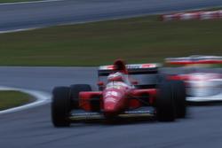 Gerhard Berger, Ferrari F93A; Ayrton Senna, McLaren MP4/8