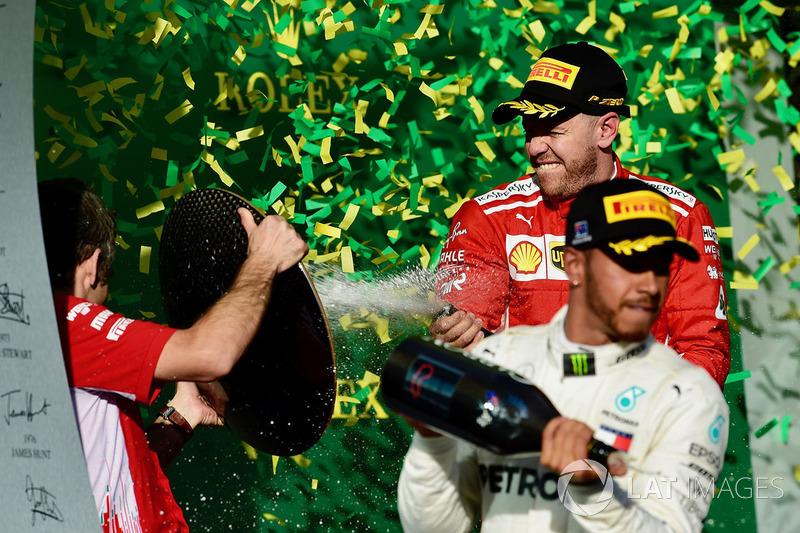Победитель Себастьян Феттель, Ferrari, второе место – Льюис Хэмилтон, Mercedes AMG F1