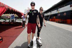 Scott Redding, Aprilia Racing Team Gresini con la fidanzata