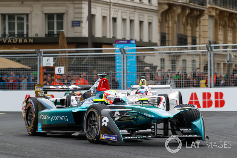 Oliver Turvey, NIO Formula E Team, Jose Maria Lopez, Dragon Racing