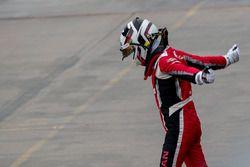 #24 RJN Motorsport Nissan GT-R NISMO GT3: Struan Moore