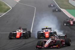 Roberto Merhi, MP Motorsport, Ralph Boschung, MP Motorsport collide