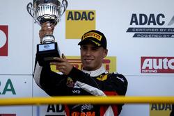 Podio: segundo lugar Joseph Mawson, Van Amersfoort Racing
