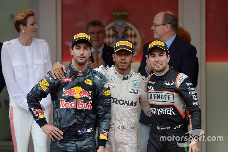 2016, GP Monaco: Dramatische pitstop kost zege