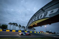 رقم 41 غريفز موتورسبورت ليجييه جي اس بي 2 نيسان: ميمو روخاس، جوليان كانال، جون لانكاستر