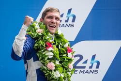 Подиум LMP2: терье место - Виталий Петров, #37 SMP Racing BR01 - Nissan