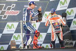 Podium: race winner Marc Marquez, Repsol Honda Team, second place Jorge Lorenzo, Yamaha Factory Racing