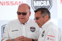 Jacques Deshaies, promoteur, Didier Marsaud, directeur des communications chez Nissan Canada
